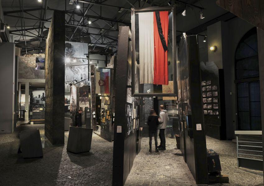 fragment ekspozycji w Muzeum Powstania Warszawskiego