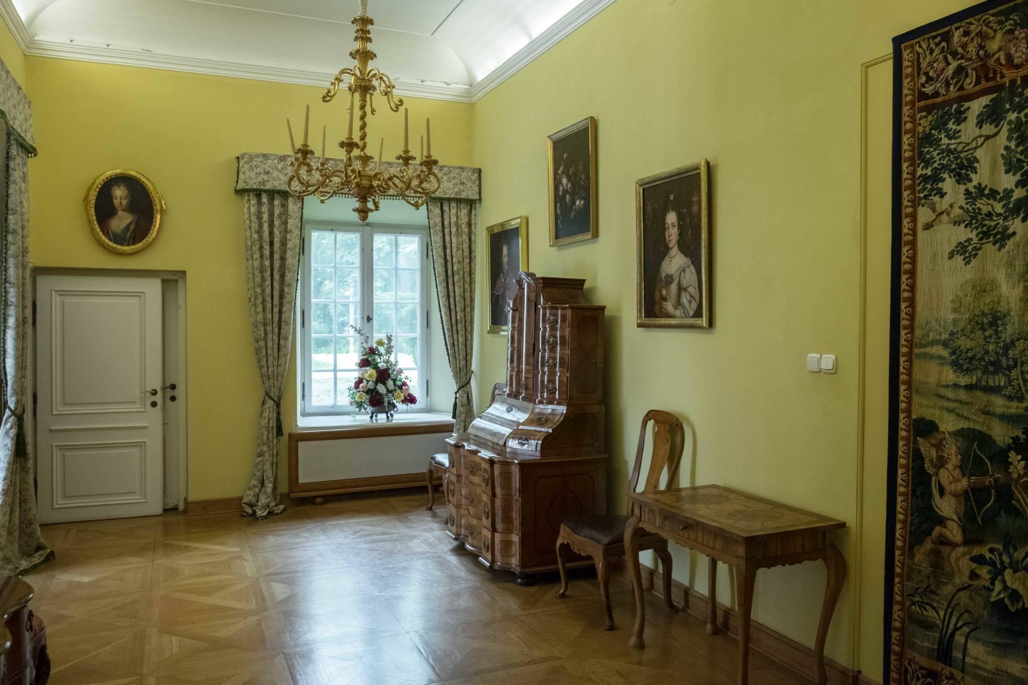 Pałac w Otwocku Wielkim (8 of 18)