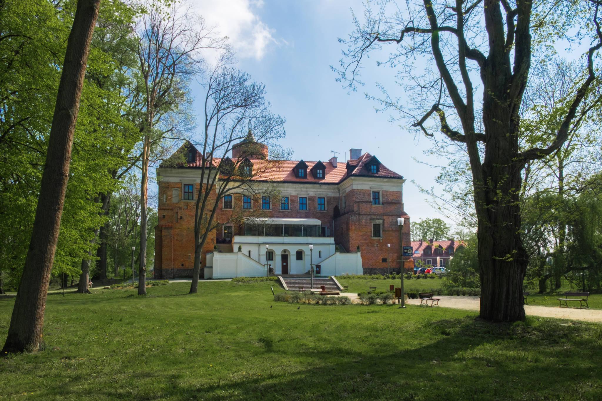 Uniejów zamek (5 of 10)