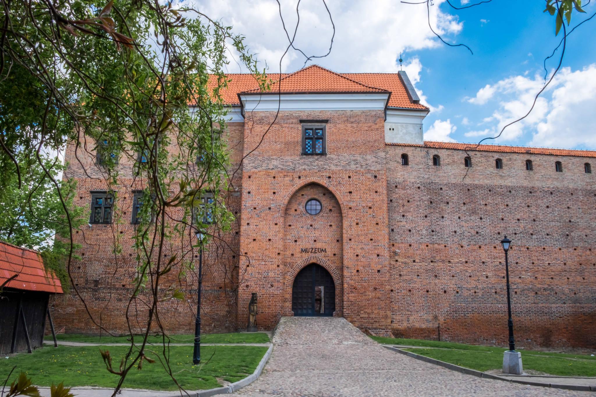 Zamek w Łeczycy (3 of 13)