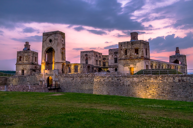zamek krzyżtopór po -1