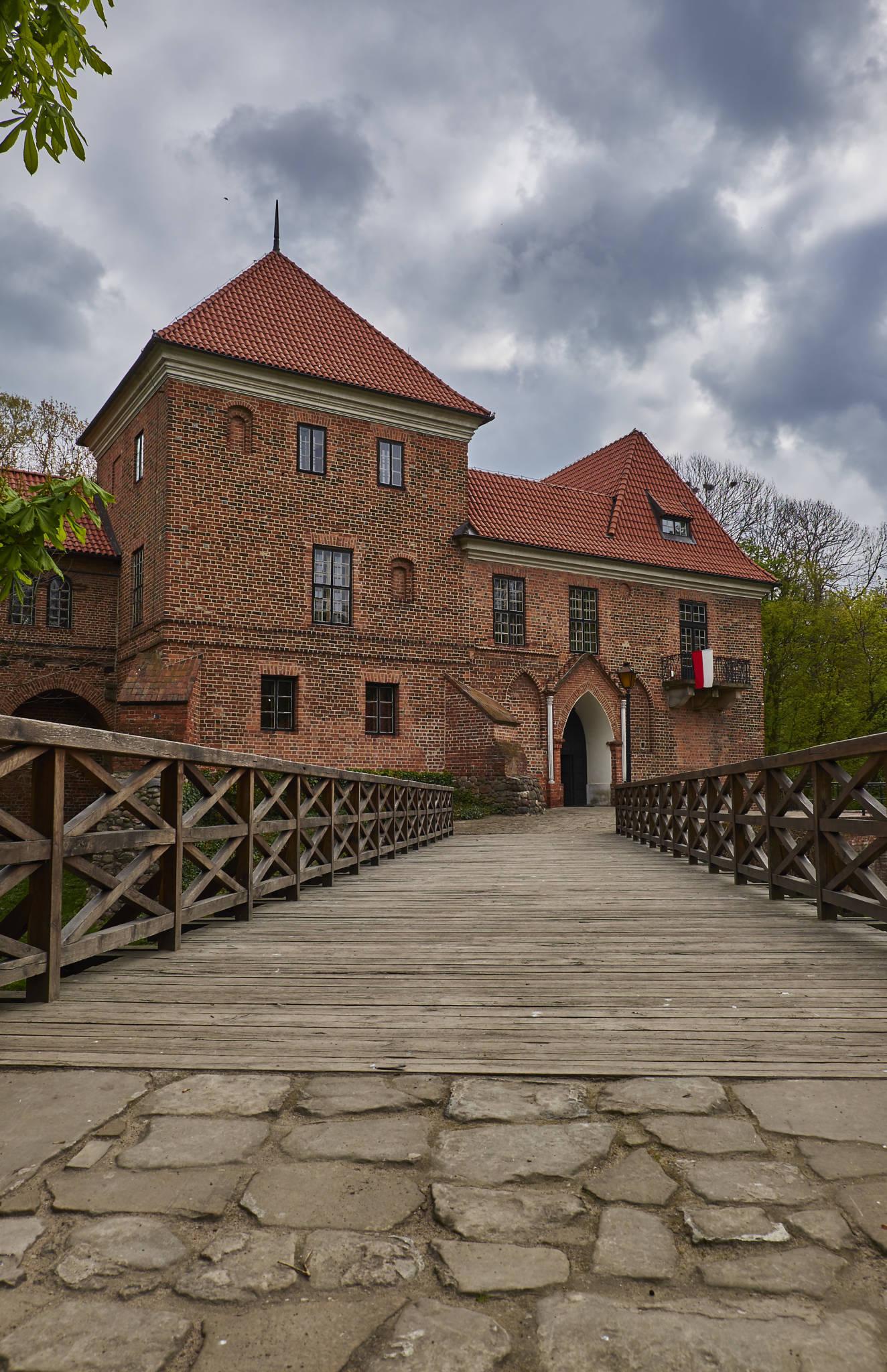 Zamek Oporów_13