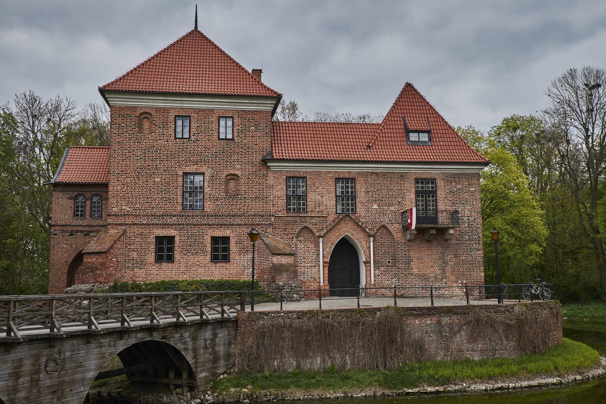 Zamek Oporów_3
