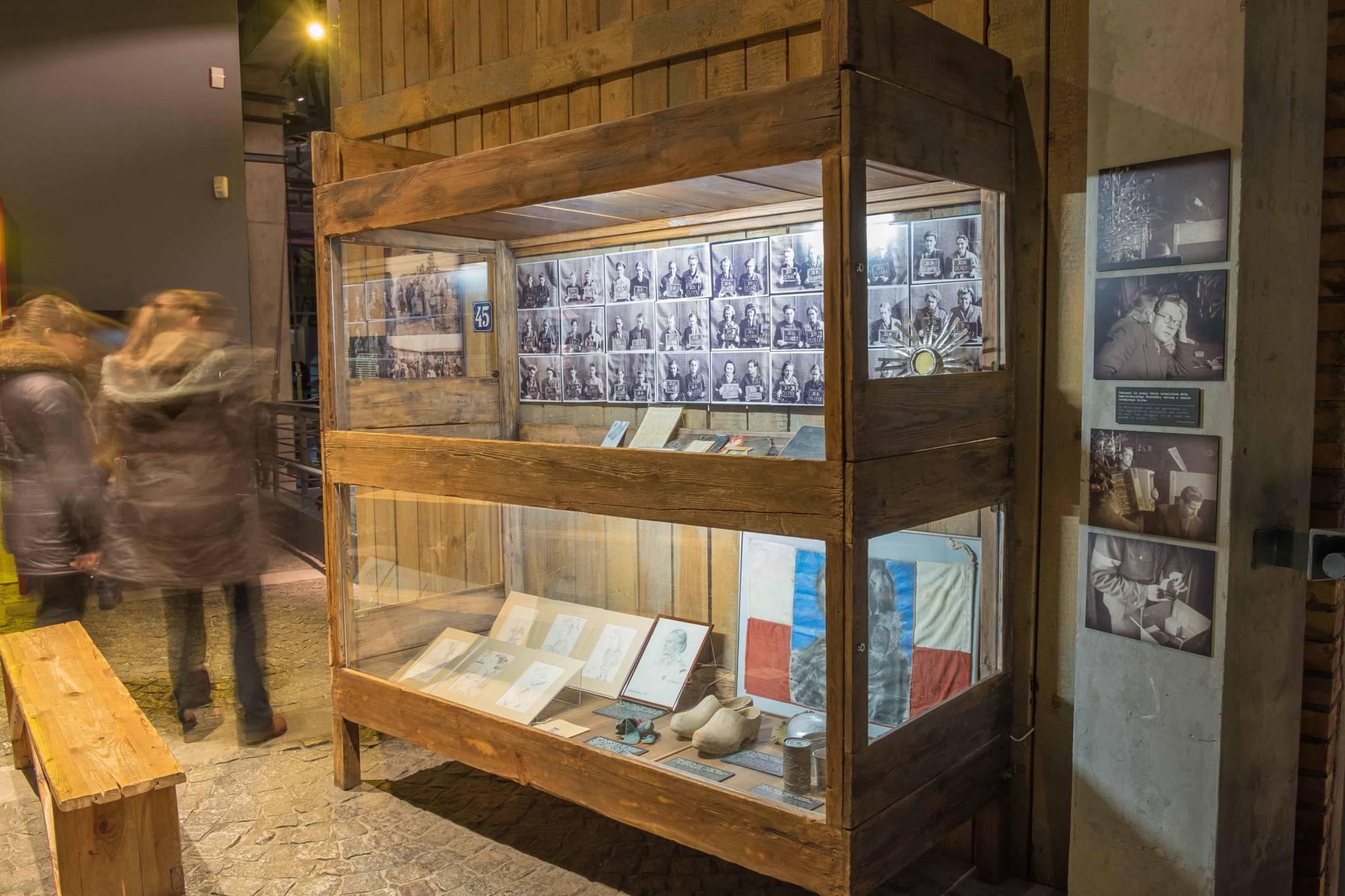 Muzeum Powstania Warszawskiego lr (13 of 37)